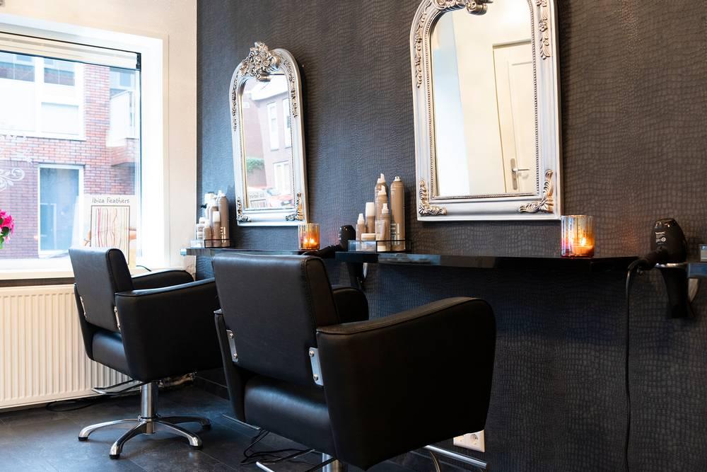 Haarboutique_2-stoelen